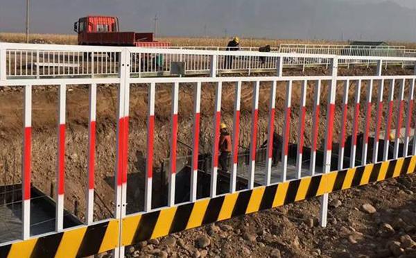 基坑临边护栏案例